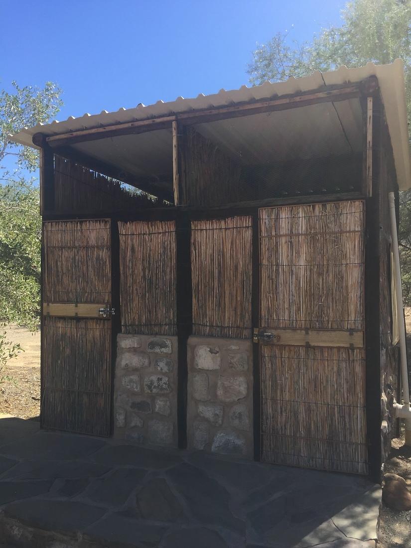 Toiletten Hauchabfontein