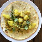 Curry auf Naam Brot